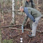 Hygrometer und Sonde zur Moorpegelmessung.